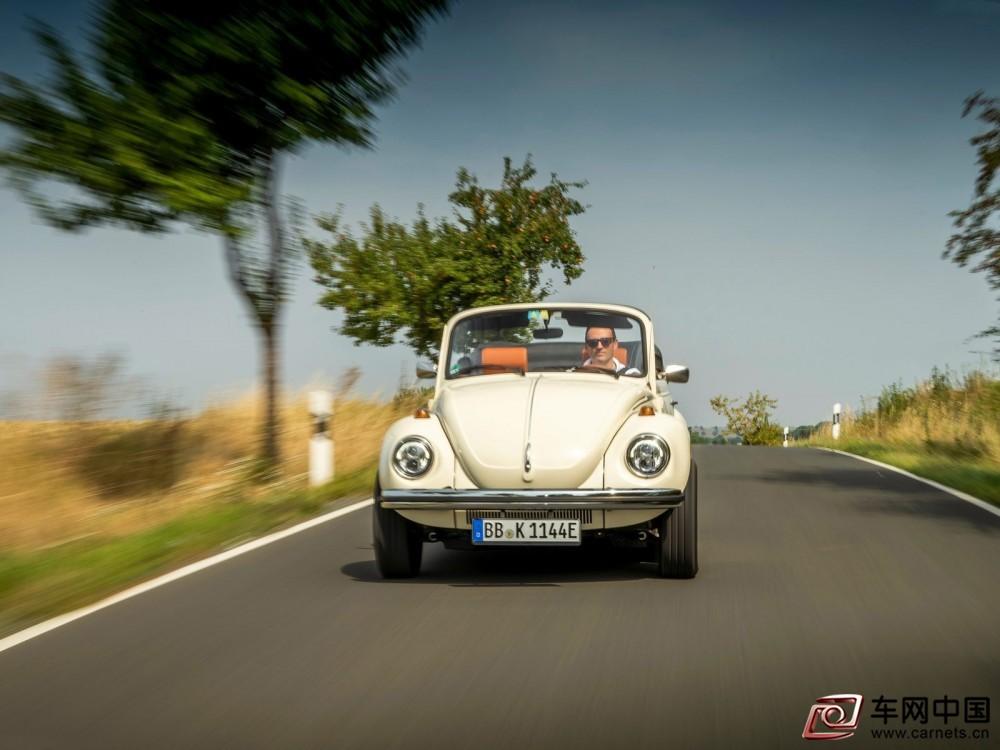 Volkswagen-e-Beetle_Concept-2019-1600-11