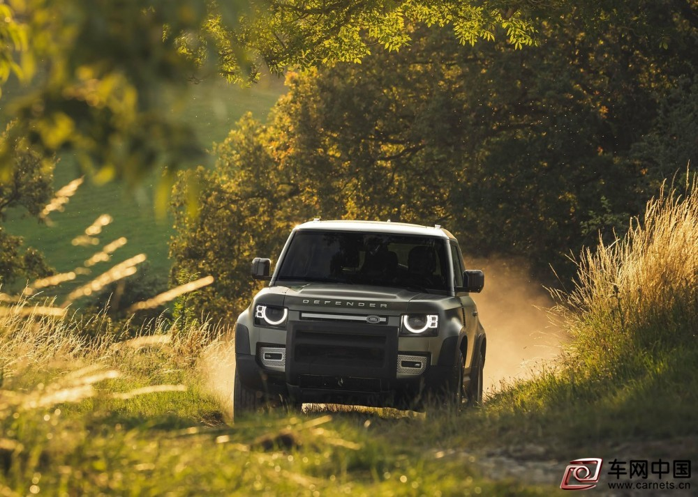 Land_Rover-Defender_90-2020-1600-2a