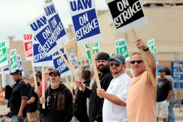 12年来美国最大规模汽车工人罢工,预估每天损失5000万美元