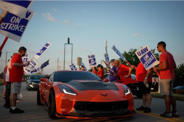 罢工继续 通用汽车暂停支付4.8万名工人医疗保险
