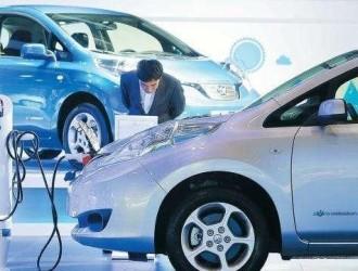 新能源车8月产销均下跌;宁德时代将供货戴姆勒