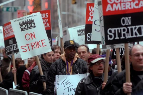 每天因罢工损失1亿美元,或与工人分享盈利,通