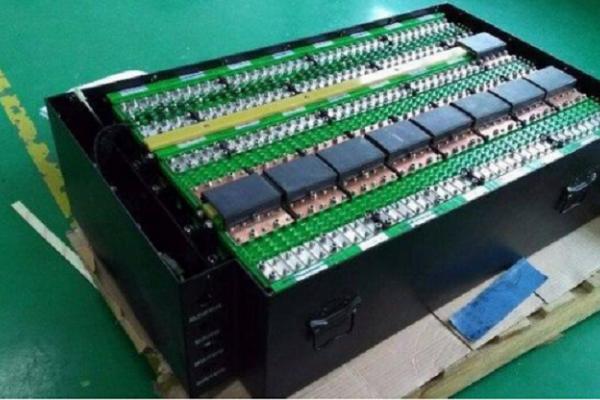 比亚迪将主推磷酸铁锂电池,是什么原因呢?