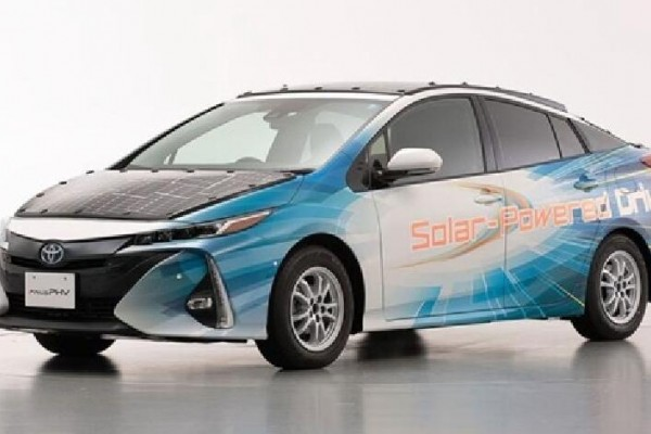 晒一天跑56公里!丰田普锐斯太阳能测试车发布: