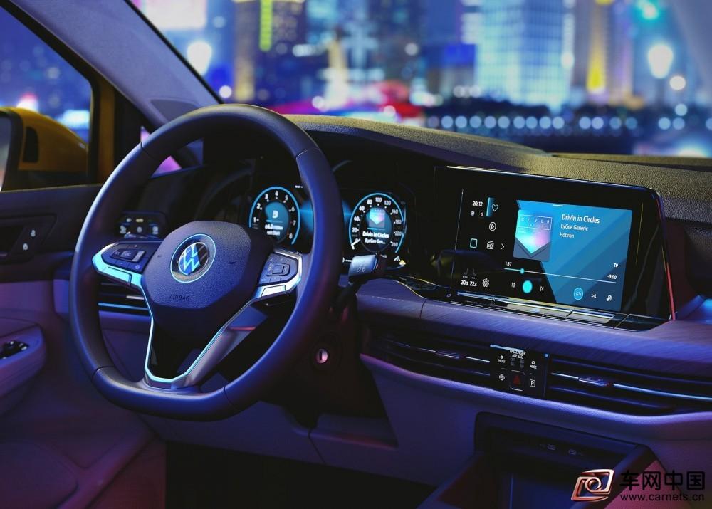 Volkswagen-Golf-2020-1600-38