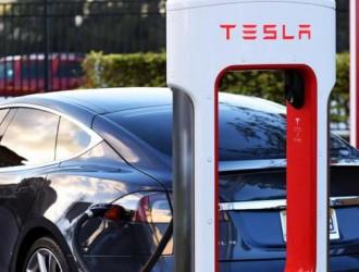 特斯拉一超级充电桩在美国新泽西州起火