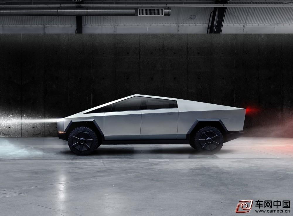 Tesla-Cybertruck-2022-1600-04