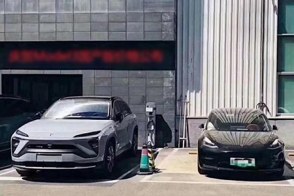 蔚来EC6对比特斯拉Model Y,电动轿跑SUV你更看