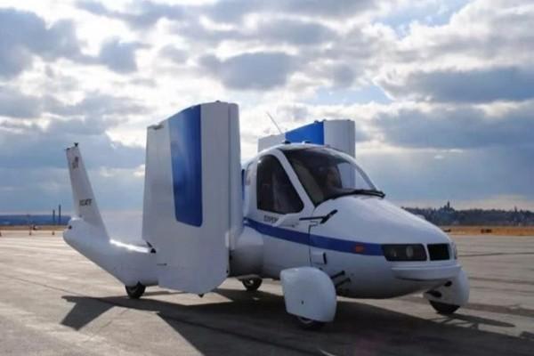 """吉利""""飞行汽车""""已实现量产, 40秒汽车就可以变飞机, 价格迷人"""