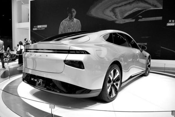 小鹏汽车P7在美国获得车辆进口许可 将进行自动