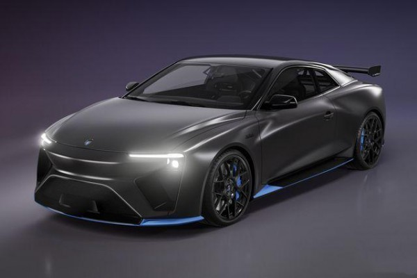 全球首辆甲醇燃料电池车 续航远超电动车