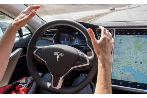 特斯拉申请车队数据获取专利 以训练自动驾驶神