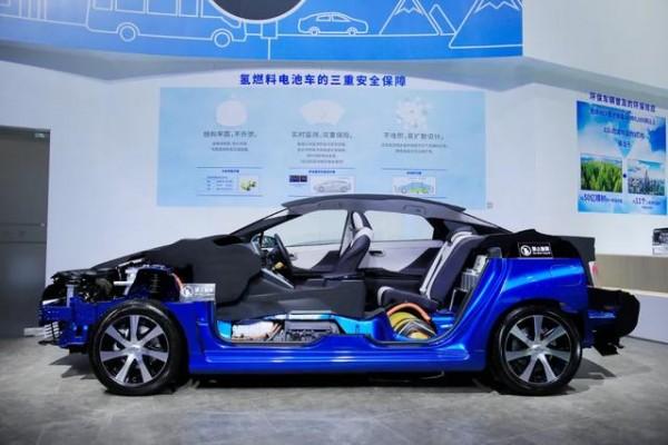 日野研发燃料电池重卡 技术源自丰田下一代Mirai