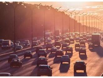 至少9城已出刺激汽车消费新政 长春等跟进购车补