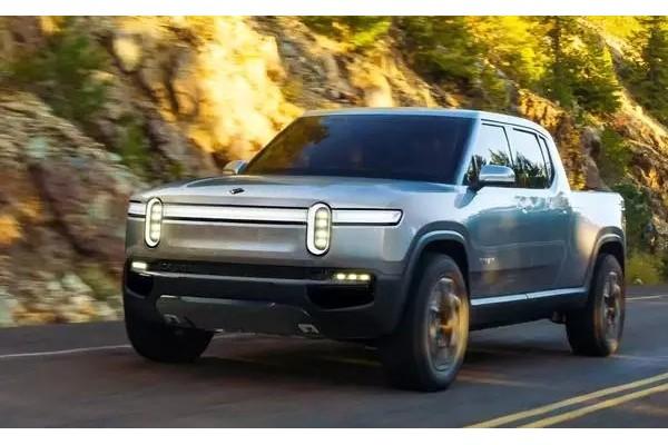 Rivian推迟R1T电动皮卡/R1S电动SUV发布
