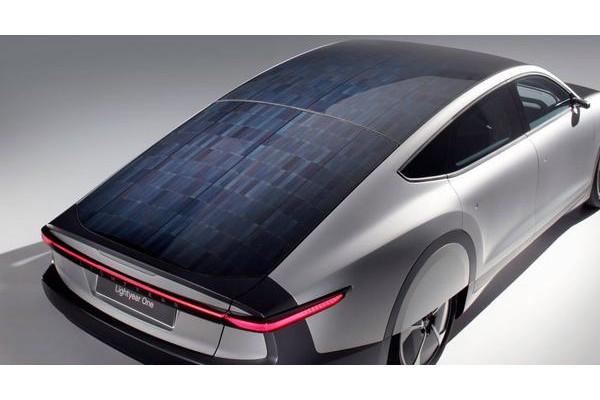 福特申请充气式太阳能电池罩专利