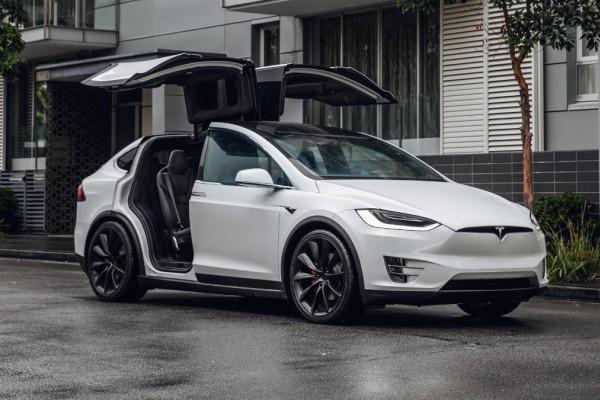 成本130万,续航960km,戴森大型电动SUV真容大