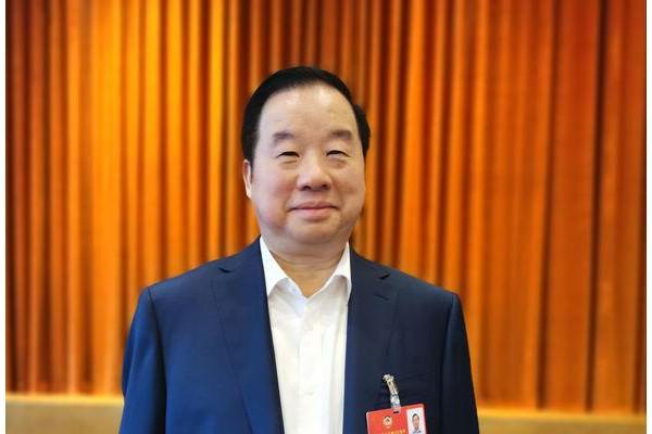 两会|新华联集团傅军:建议重点发展氢燃料电池汽