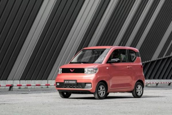 宏光MINI电动车开启预售 预售价2.98万起