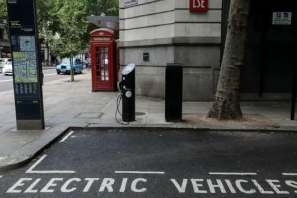 英国为刺激电动车消费放大招 燃油车报废可换6000英镑