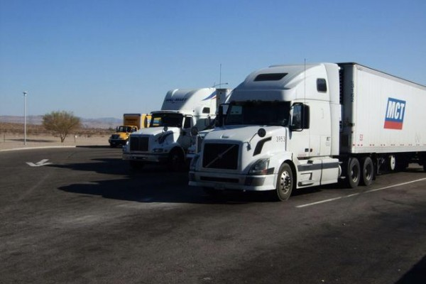 2045年前实现零排放 美国加州发布卡车排放新规