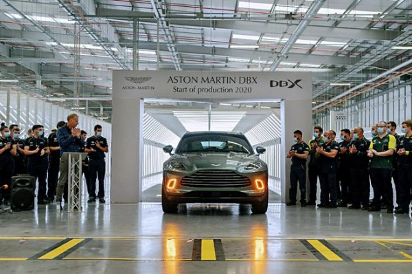 阿斯顿·马丁首款SUV车型 DBX正式量产下线