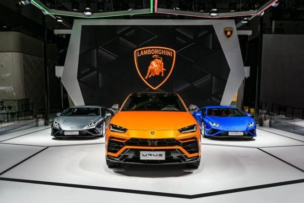 兰博基尼超级SUV Urus全新珍珠漆特别版于成都车