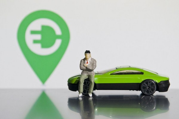 门槛下降、监管不降,新能源造车进入新竞争时代