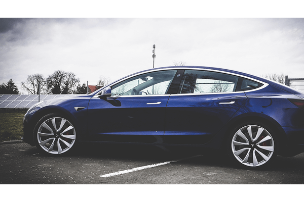 电动车比内燃机车排放的二氧化碳更少