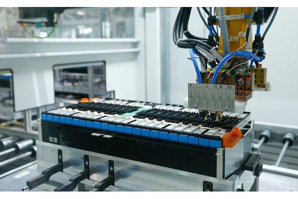 宝马第5代eDrive电池组率先在华晨宝马沈阳工厂