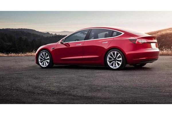 特斯拉2021款Model 3推出全新车轮设计