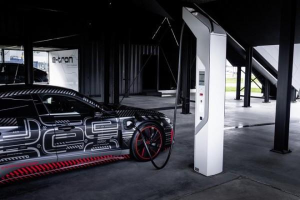 奥迪RS E-Tron GT或搭载710马力三电机 最早2022
