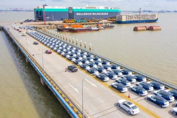 首批国产特斯拉 Model 3 已运抵欧洲港口 即将开