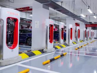 特斯拉未来或将充电桩开放给其它品牌