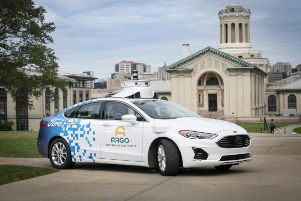 福特自动驾驶汽车在迈阿密配送生鲜食品