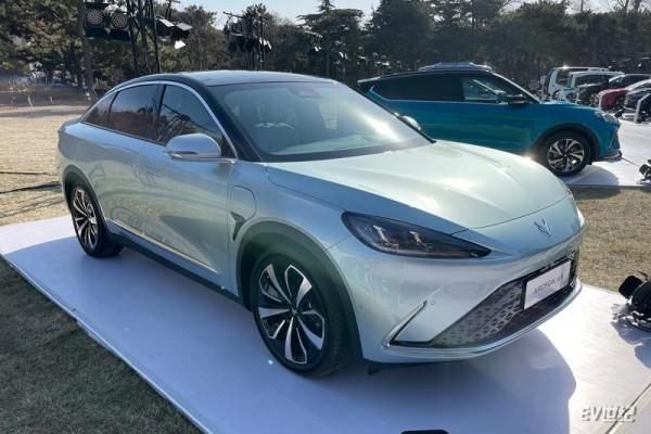 续航706公里/预计今年上海车展预售 ARCFOX αS