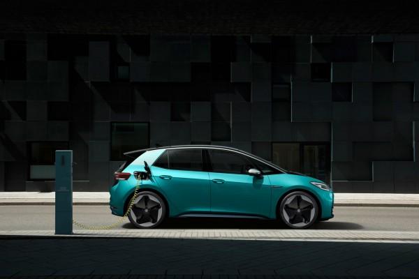 定了!大众明年所有MEB电动车都将实现双向充电