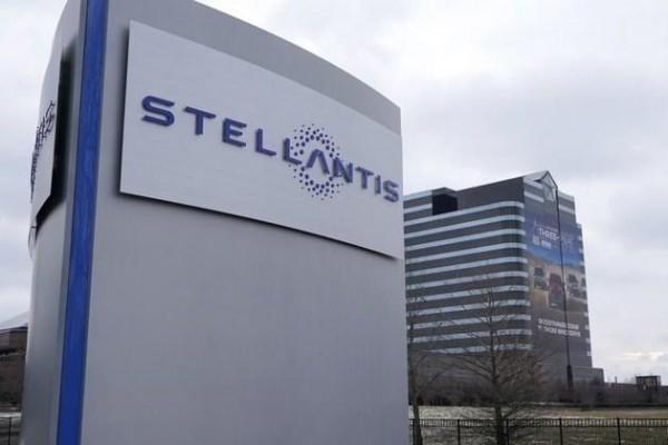 "Stellantis集团不再向特斯拉购买""碳积分"""