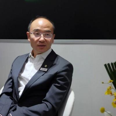 冯擎峰被委以重任  李书福的超跑梦